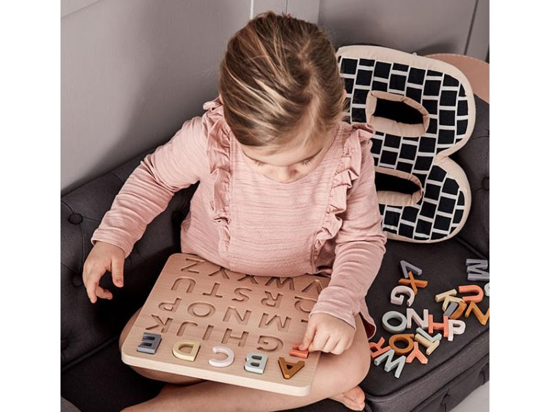 Kids Concept puzzle drevené Abeceda