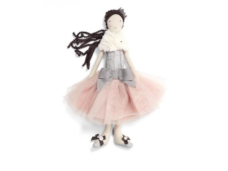 Panenka v baletní sukýnce